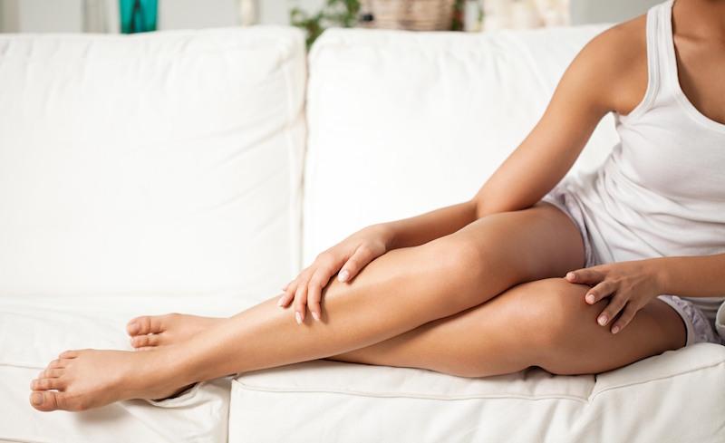 Natrux® è la crema fluida corpo di Skinius pensata per idratare la pelle in profondità ed evitare rossori e irritazioni post depilazione