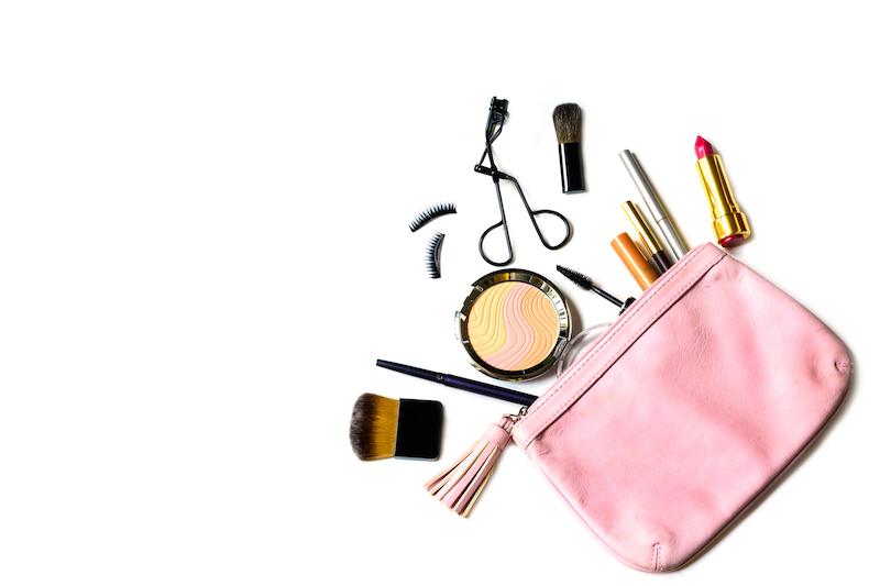 In estate se hai la pelle sensibile è importante scegliere il giusto make-up